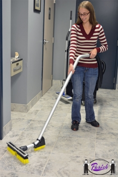 Commercial Kitchen Floor Cleaning Machine (Battery Powered)